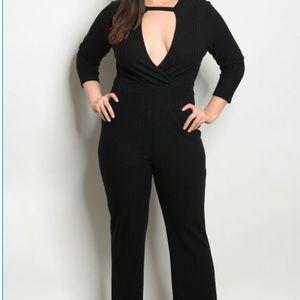 Pants - PRICE ⬇️ Plus Size Black Ribbed Choker Jumpsuit